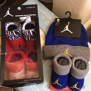 Sox and hat for babies 0-6 months